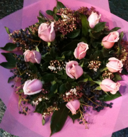 Valentines day flowers delivery -  Pretty in Pink