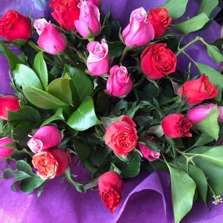 Valentines day flowers delivery -  Mixed Rose Bouqet