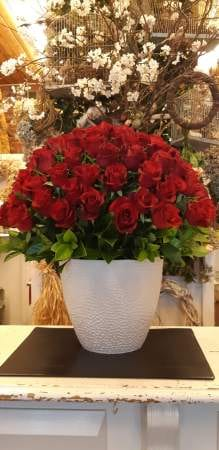 Valentines day flowers delivery - Whole lot of Love-100 Red Roses