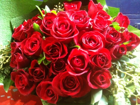 Valentines day flowers delivery - Red Vase Roses