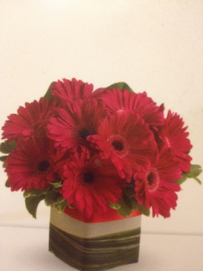 HAPPY LOVE-Free Flower Delivery Melbourne CBD